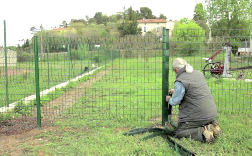 Quelques conseils pour poser soi-même sa clôture