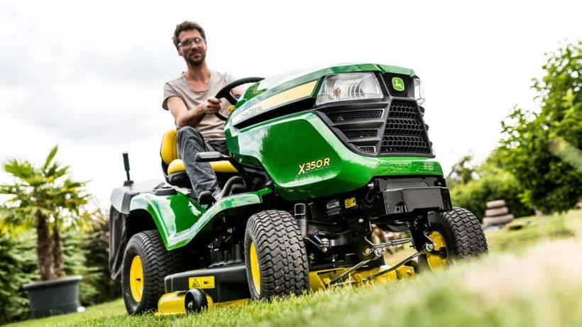 le tracteur tondeuse est un outil puissant et efficace. Black Bedroom Furniture Sets. Home Design Ideas